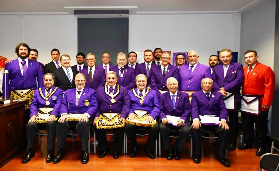 Grandes Masones Crípticos se reúnen en Costa Rica.